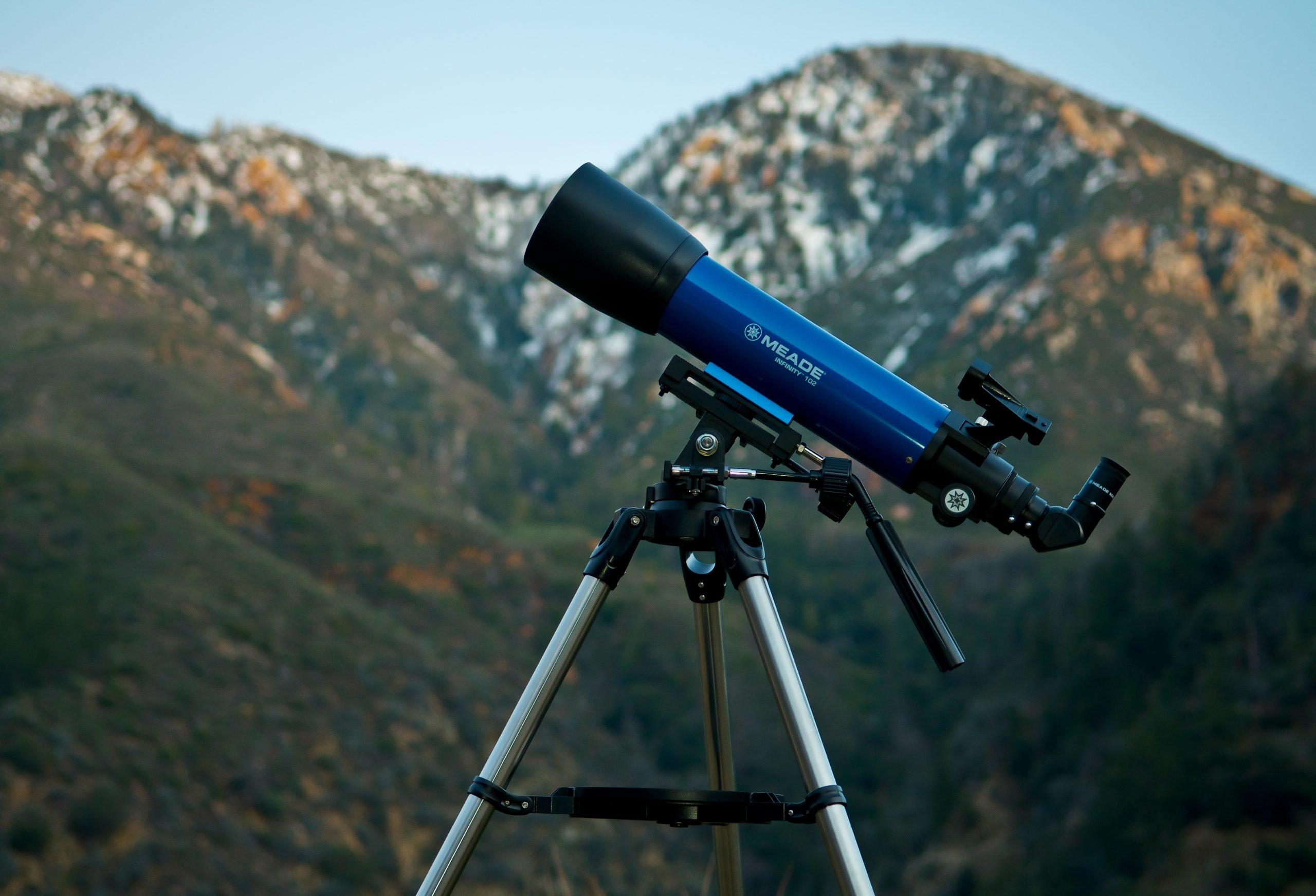 Meade Infinity 102mm AZ Refractor Telescope Mountains