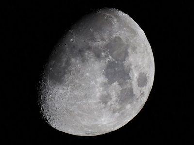 orion starmax 90mm tabletop maksutov-cassegrain telescope Moon